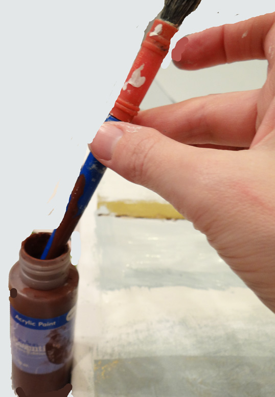 use end of paint brush