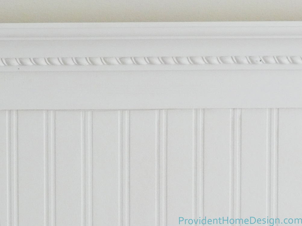 Diy beadboard headboard for Beadboard wallpaper