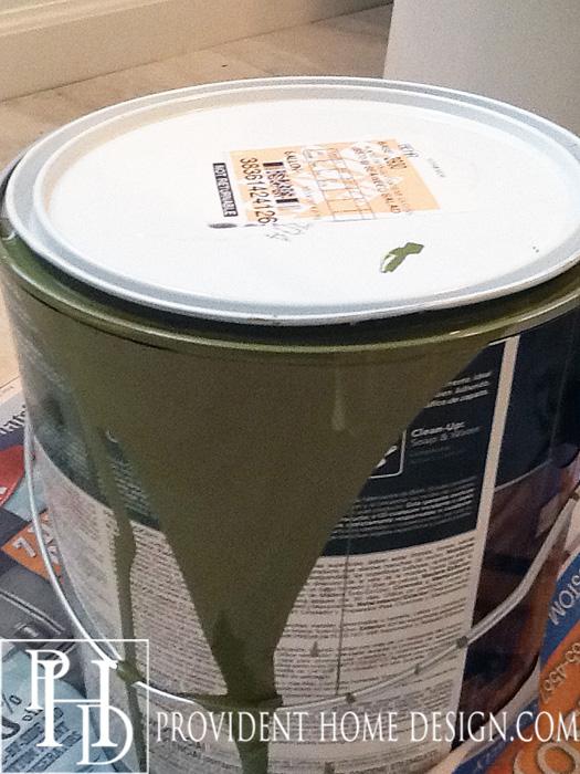 Behr Alkyd Semi-Gloss Enamel