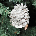 DIY Sparkling Pinecone Ornaments