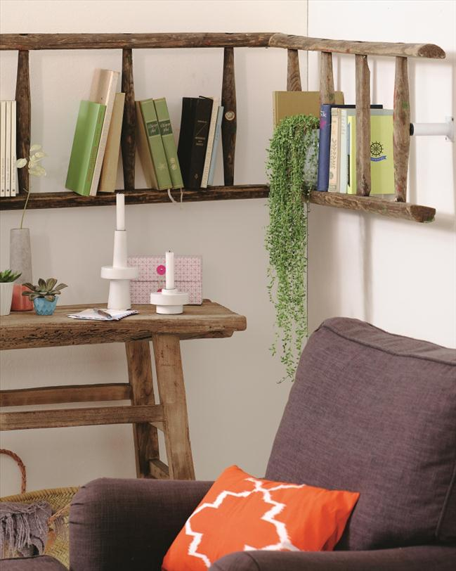 diy-wall-shelf-reusing-old-ladder-ideas-bookshelf