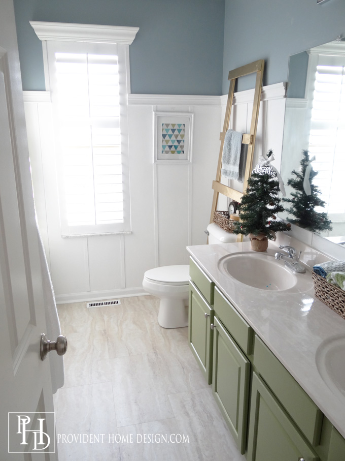Kids Bathroom Christmas Home Tour