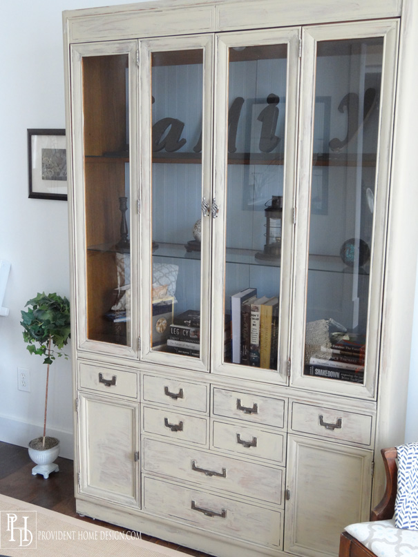 How to Paint and Update a Hutch
