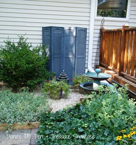 outdoor-repurpose-shutter-screen-gardening-outdoor-living-repurposing-upcycling