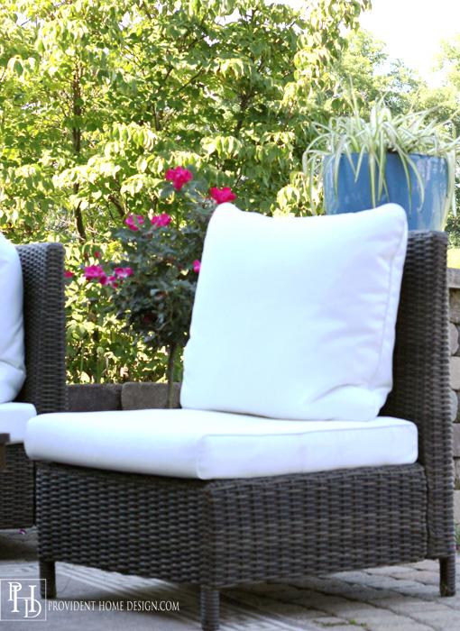 Outdoor Patio Slipper Chair