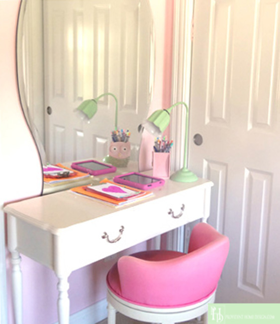 Girl's Room Desk