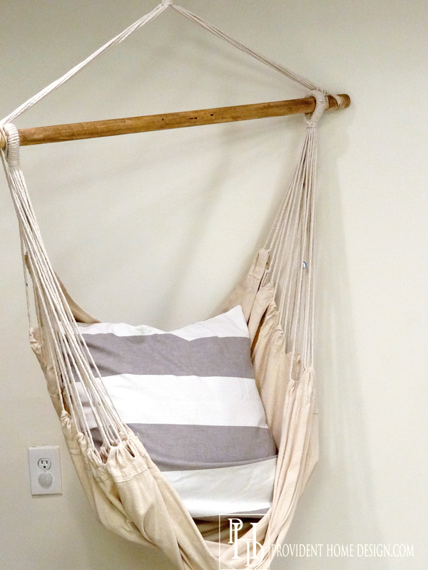 Hanging Chair for Playroom