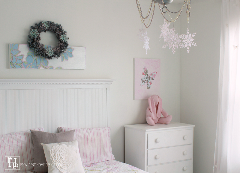 Christmas Decorating Girls Room