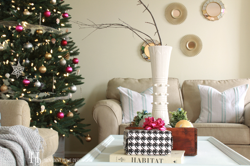 Coffee Table Christmas Decor