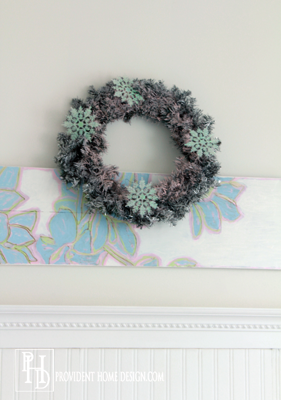 Spray Paint a Wreath