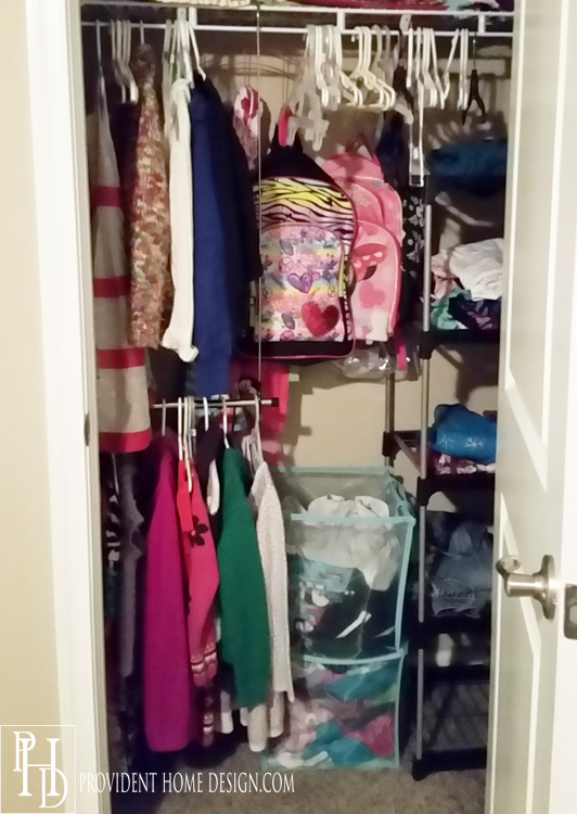 how to organize a bedroom closet