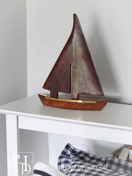 Boys Room Boat Decor