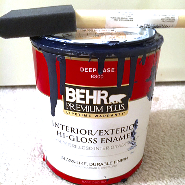 Painting wood furniture with no sanding or priming