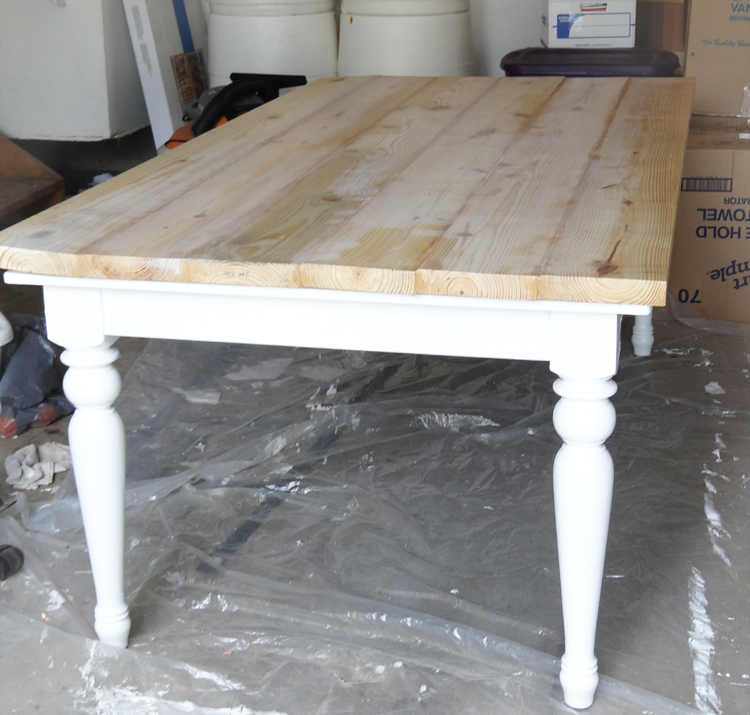 Beat Up Table Turned Beautiful Farmhouse