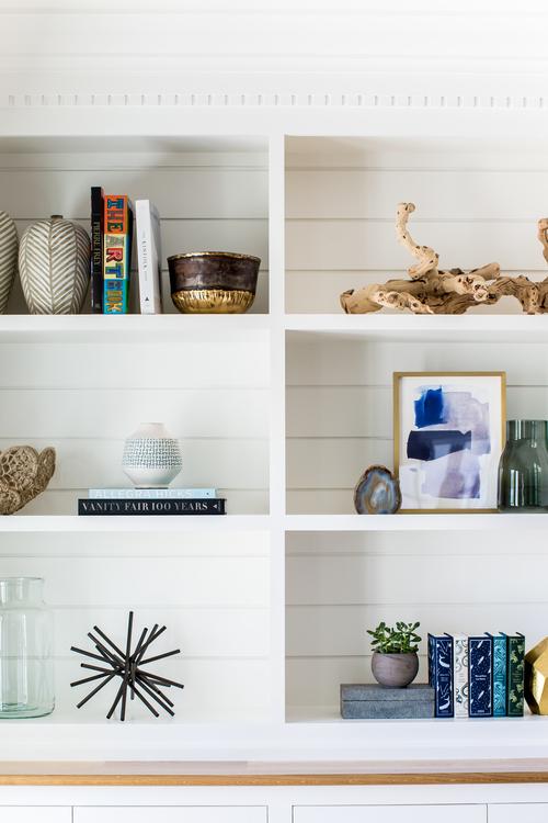 bookshelf-built-instylingstudiomcgee