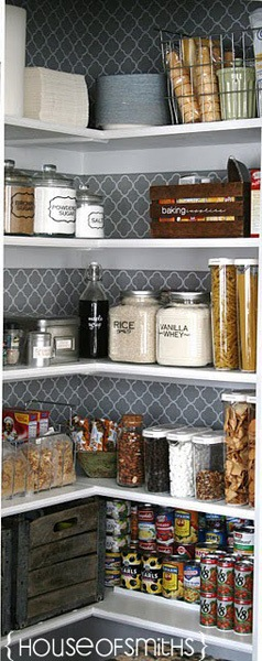house-of-smiths-wallpaper-pantry