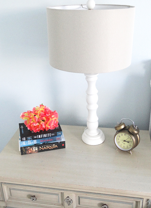 zoes-nightstand