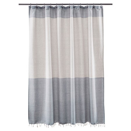 shower-curtain-blue-and-white