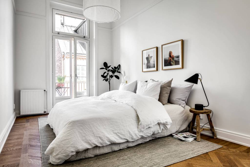 charming minimalist bedroom design | A Look at Minimalism-5 Steps to a Minimalist Bedroom ...